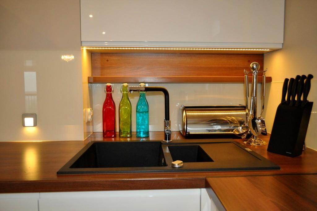 kuchnia– remont, kładzenie płytek, flizowanie, rigipsy , OKIART-BUD Maciej Oczkowski2
